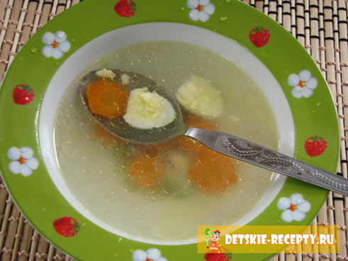 Как сварить куриный бульон с морковью