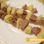 язык с картофелем