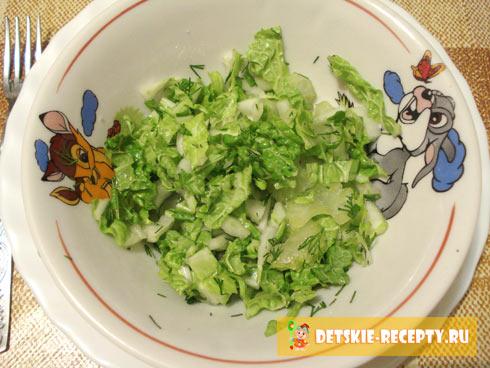 готовый салат из пекинской капусты