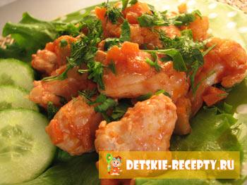 готовое блюдо: курица с овощами