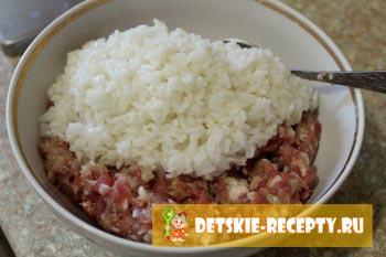мясной фарш с рисом