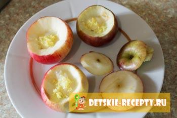 яблоки со сгущенкой