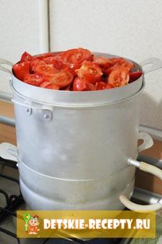 помидоры в соковарке