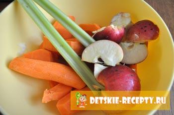 яблоки с морковью и сельдереем