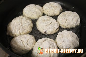 сырники с маком на сковороде