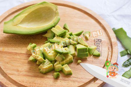 salat-avokad-pomid556B6124