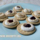 десерт из печенья и маршмеллоу